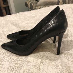 Black heels NWOT